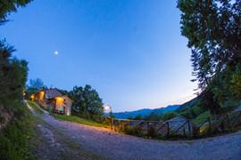 casa rosaleen dal 29 aprile al 1 maggio a solo €130 per 4 persone...